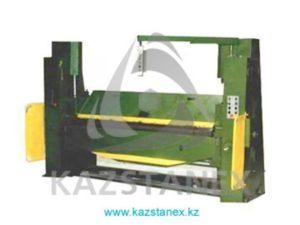 Листогибочная машина ИВ2143