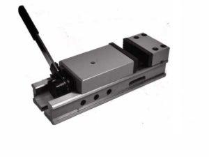 Тиски станочные неповоротные с ручным приводом 7200-0209-05